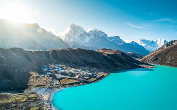 10 Reasons to Travel Nepal